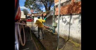 Trabalho de desinfecção dos espaços públicos em Boituva continua